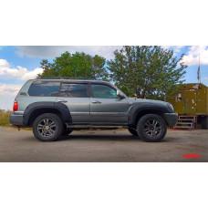 Расширители колёсных арок lapter на Toyota Land Cruiser 100